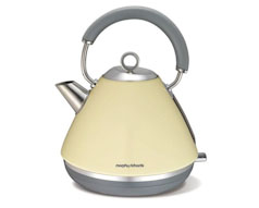 Cream Accents Kettle